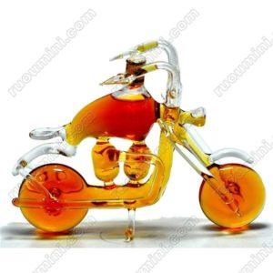 Hennessy VS Motorbike shape